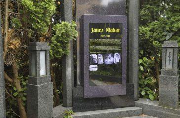 La Nueva Generación de Lápidas Digitales con Fotos, Videos y Música