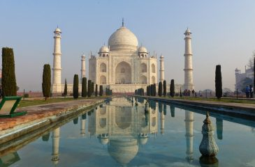 Taj Mahal:  El Mausoleo   Creado por  Amor